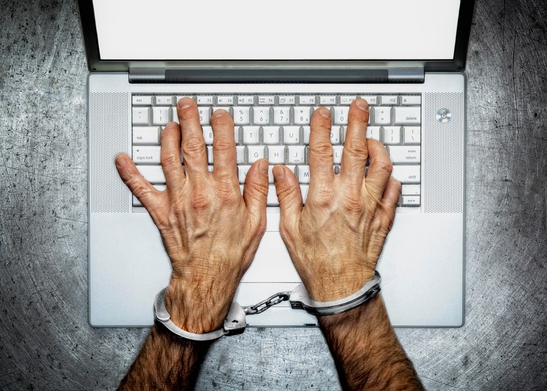 Handcuffed to Computer_Blog
