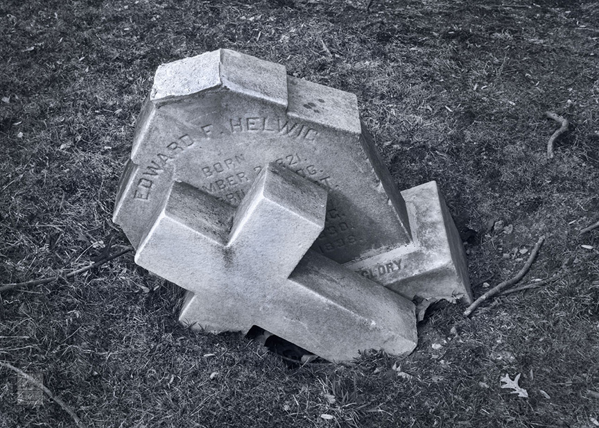 Sleepy Hollow Cemetery_2009_0431-BW-WM