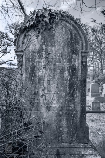Sleepy Hollow Cemetery_2009_0433-BW-WM