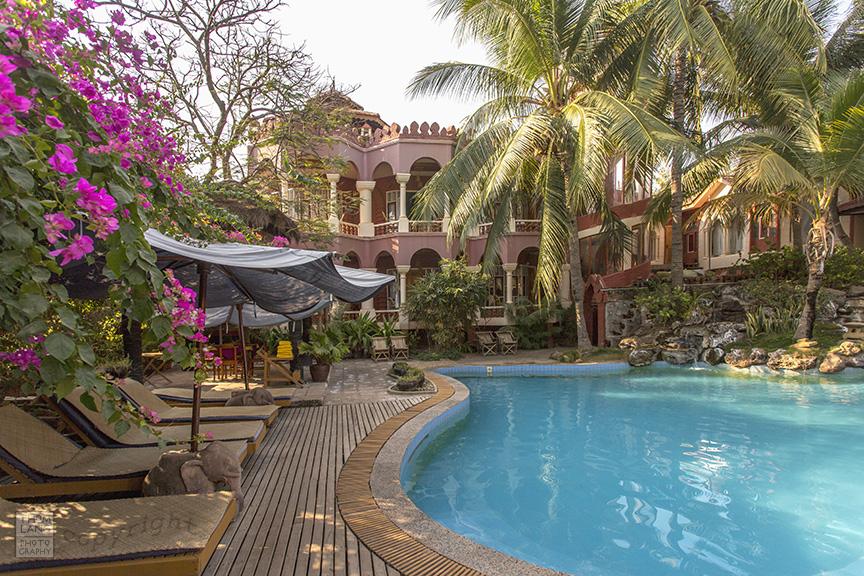 Myanmar_2017_Hotel_Pool_0367_BLOG