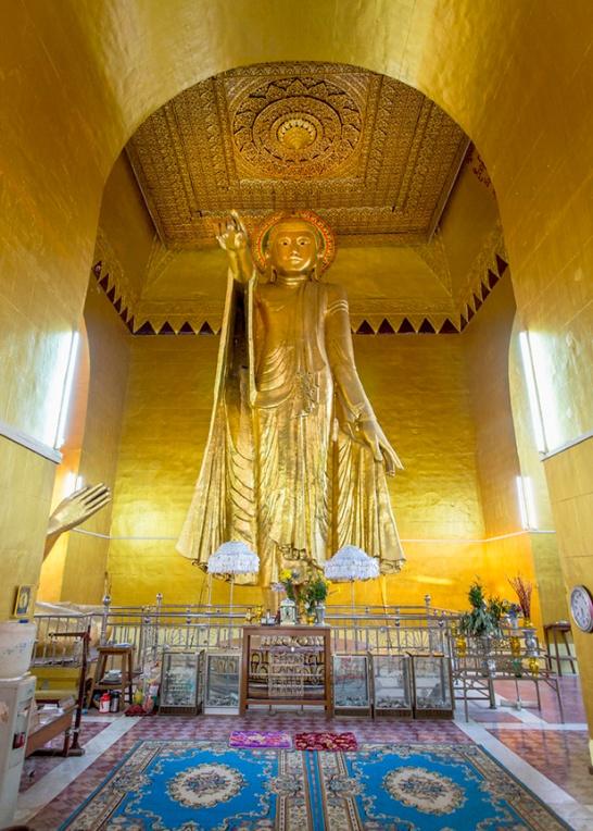 Myanmar_2017__Buddha_Ananda_Temple_Bagan_9818-BLOG
