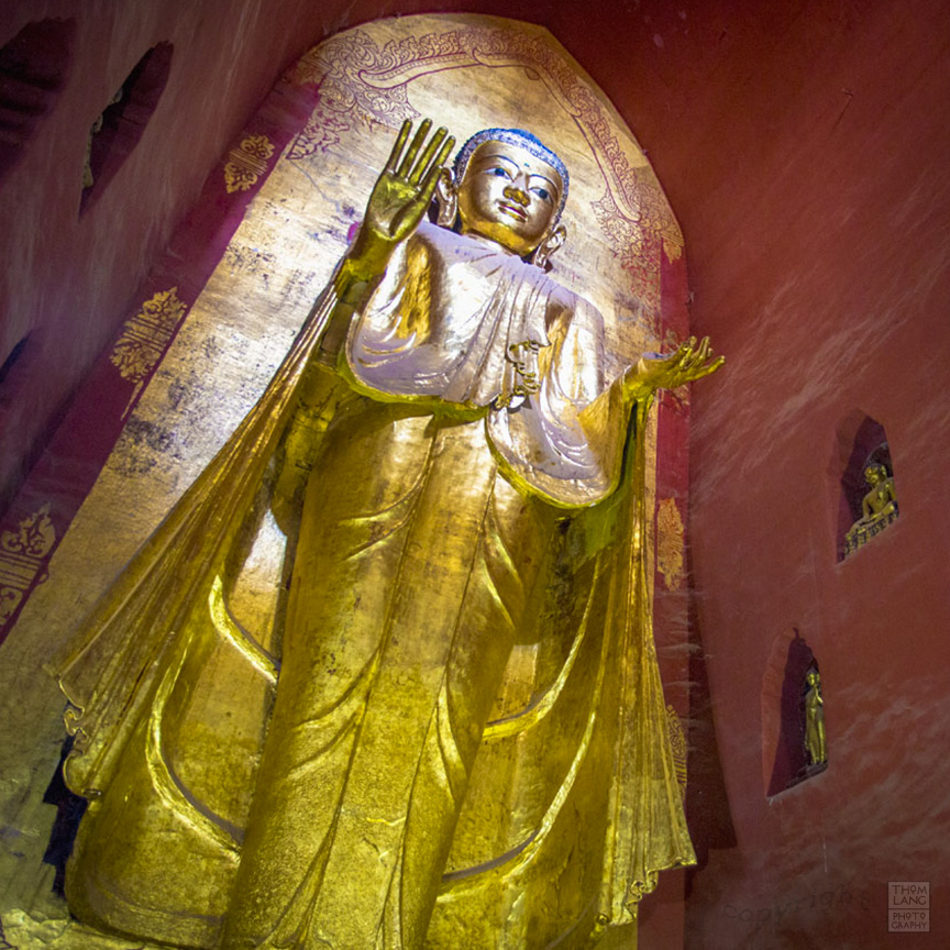 Myanmar_2017_Ananda_Temple_Bagan_Buddha_0014_BLOG