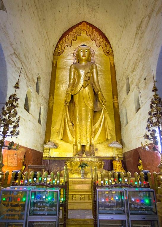 Myanmar_2017_Ananda_Temple_Bagan_Buddha_0029-BLOG