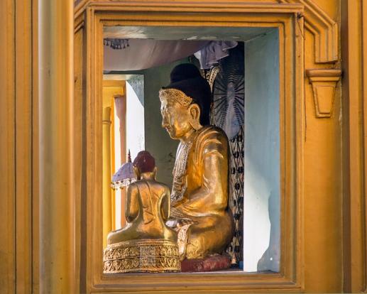 Myanmar_2017_Buddha_Shwedagon_Pagoda_Yangon_8947-BLOG