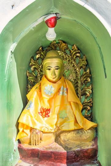Myanmar_2017_Buddha_Shwedagon_Pagoda_Yangon_9154-BLOG