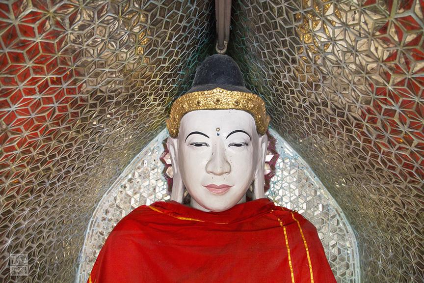 Myanmar_2017_Buddha_Shwedagon_Pagoda_Yangon_9183-BLOG
