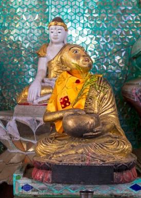 Myanmar_2017_Buddha_Shwedagon_Pagoda_Yangon_9216-BLOG