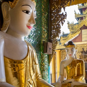 Myanmar_2017_Buddha_Shwedagon_Pagoda_Yangon_9246-BLOG