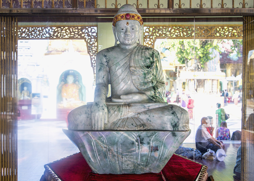 Myanmar_2017_Jade_Buddha_Shwedagon_Pagoda_Yangon_9067-BLOG
