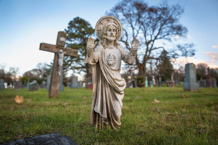 Most Holy Trinity Cemetery_5500